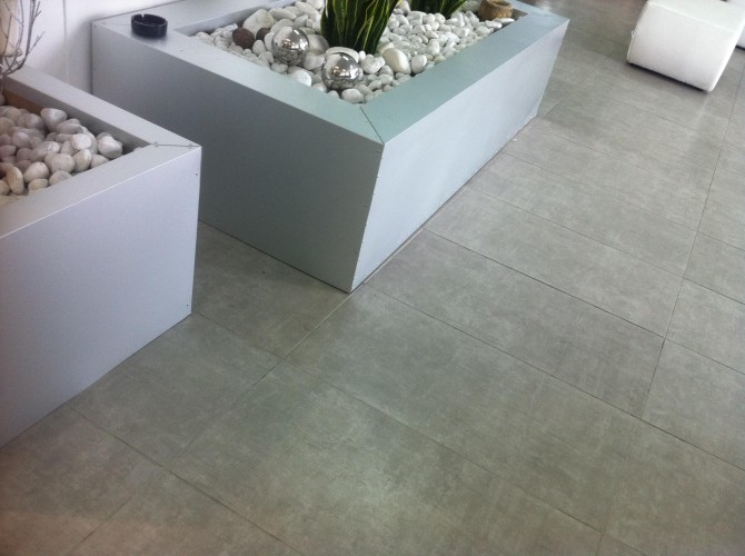 Pavimento moderno 40x80 € 18,00 Mq - www.ceramicasassuolo.it