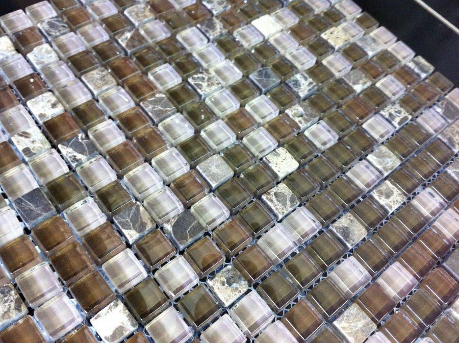 Realizzazione mosaici in vetro ceramica sassuolo - Piastrelle di vetro ...